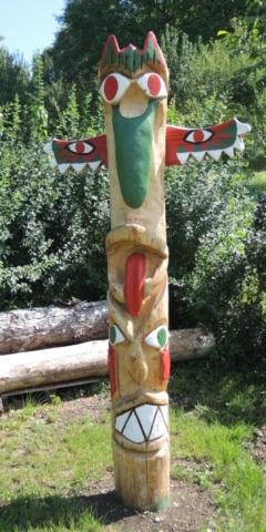 skulptur martapfahl, kettensägenkunst