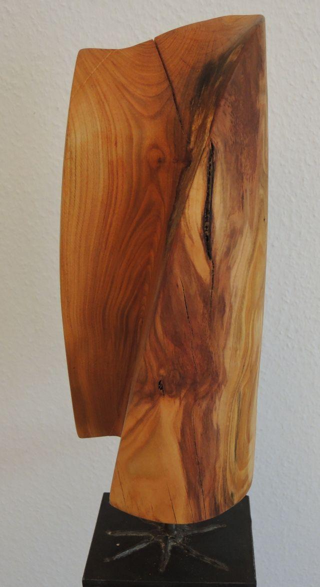 skulptur kirschbaumholz, geölt
